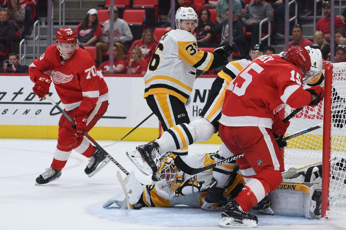cheap for discount 1daa8 b4f7f NHL  Preseason-Pittsburgh Penguins at Detroit Red Wings