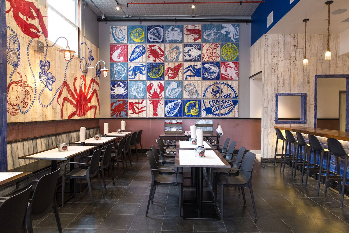 Seafood Feast Spot Crackin\' Kitchen Gets to Poppin\' in Pasadena ...