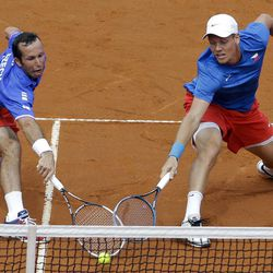 Czech Republic's Tomas Berdych, right, and Radek Stepanek, left, returns the ball to Argentina's Eduardo Schwank and Carlos Berlocq during  heir doubles match of the Davis Cup tennis semifinals in Buenos Aires, Argentina, Saturday, Sept. 15, 2012.