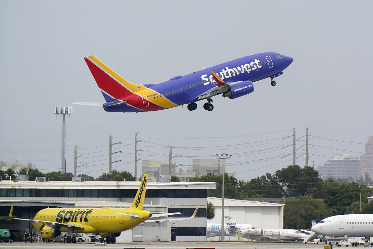 A Southwest Airlines Boeing 737-7H4 takes off, Tuesday, Oct. 20, 2020, from Fort Lauderdale-Hollywood International Airport in Fort Lauderdale, Fla.
