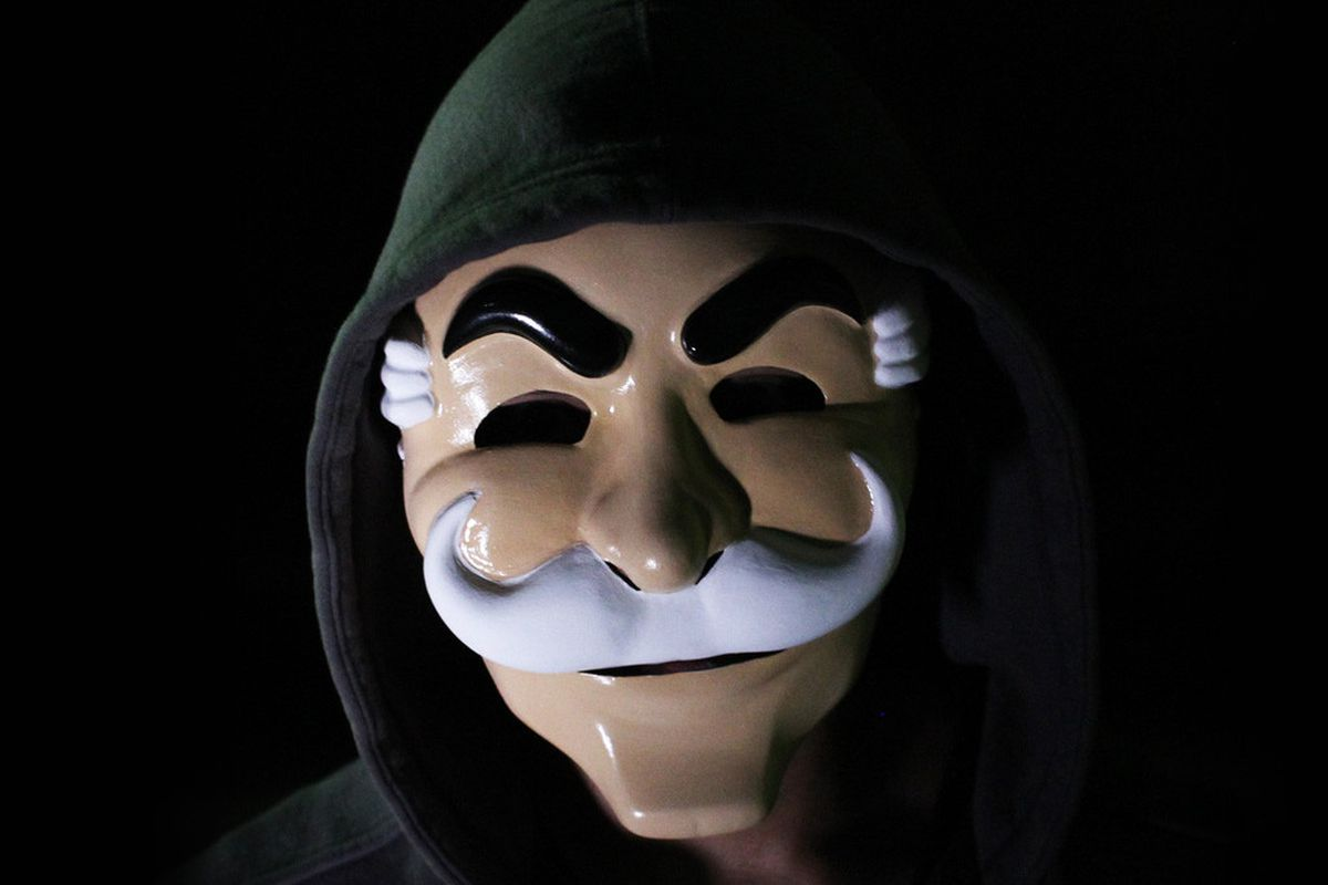 Hackers are allegedly using Mr. Robot's fsociety logo for ...