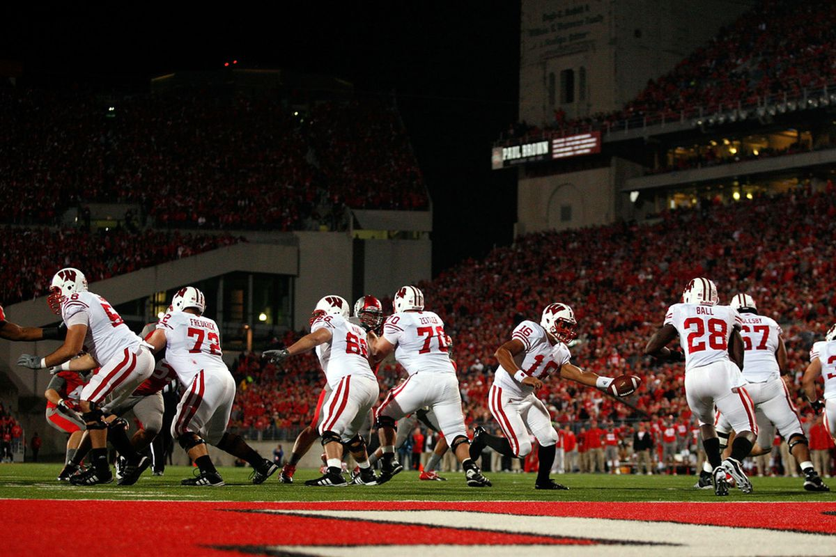 The Badgers will look to avenge last season's loss at Ohio State this Saturday.