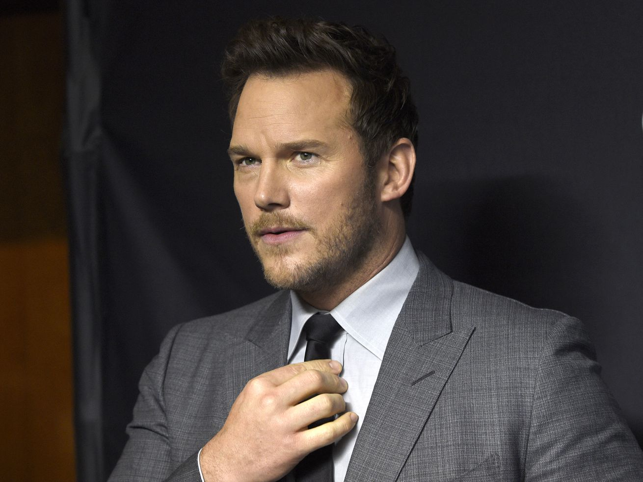 Chris Pratt isn't joining his fellow Avengers in a fundraiser for Joe Biden, and Twitter piled on