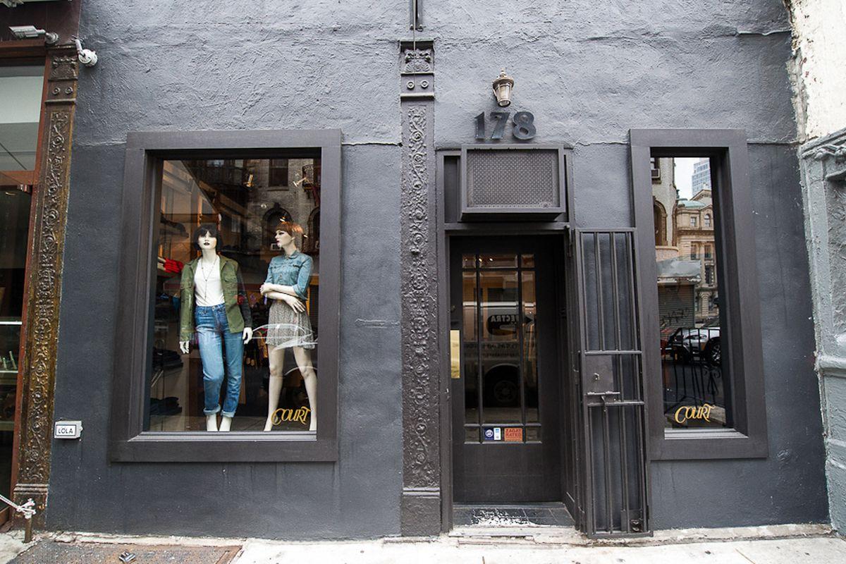 "Court Shop on Mulberry Street. Photo by <a href=""http://www.danielkrieger.com/"">Daniel Krieger</a>"