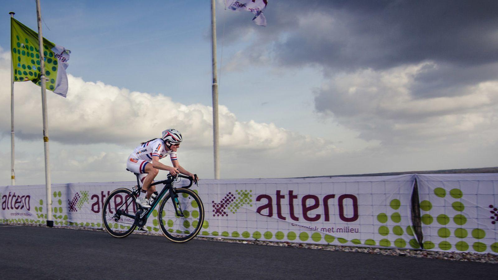 Lizzie Armitstead wins the 2014 Ronde van Drenthe