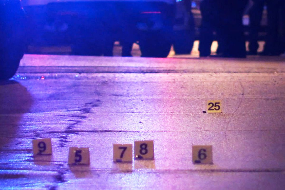 Driver fatally shot in Englewood - Chicago Sun-Times