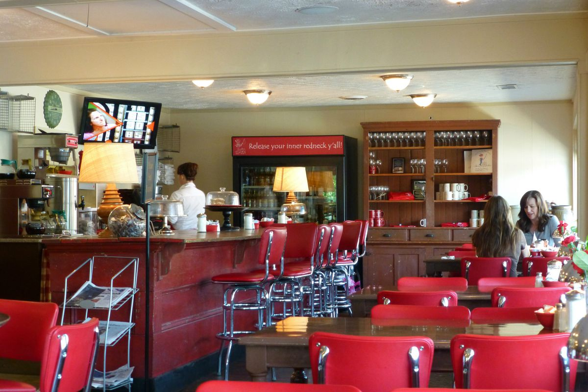 Interior of Country Boy Restaurant, now Fly South