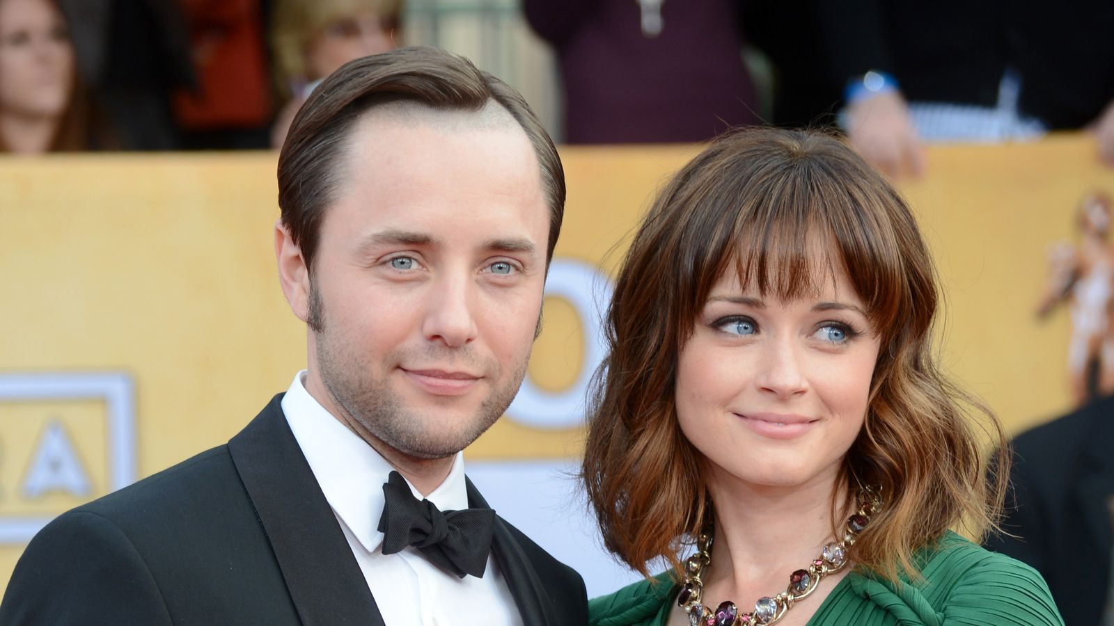 rory gilmore and pete campbell are expecting a baby racked
