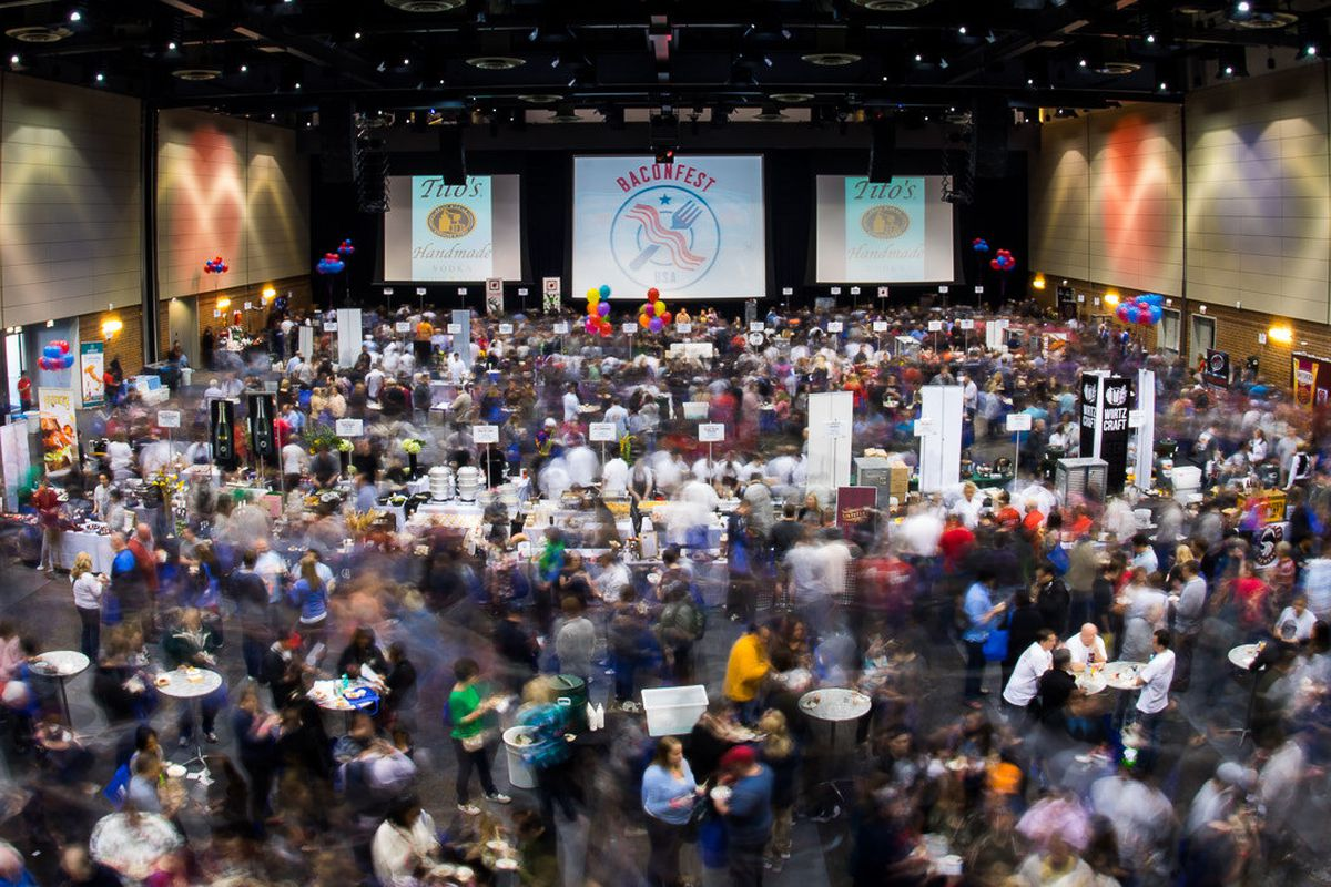 The scene from Baconfest 2014 in Chicago.
