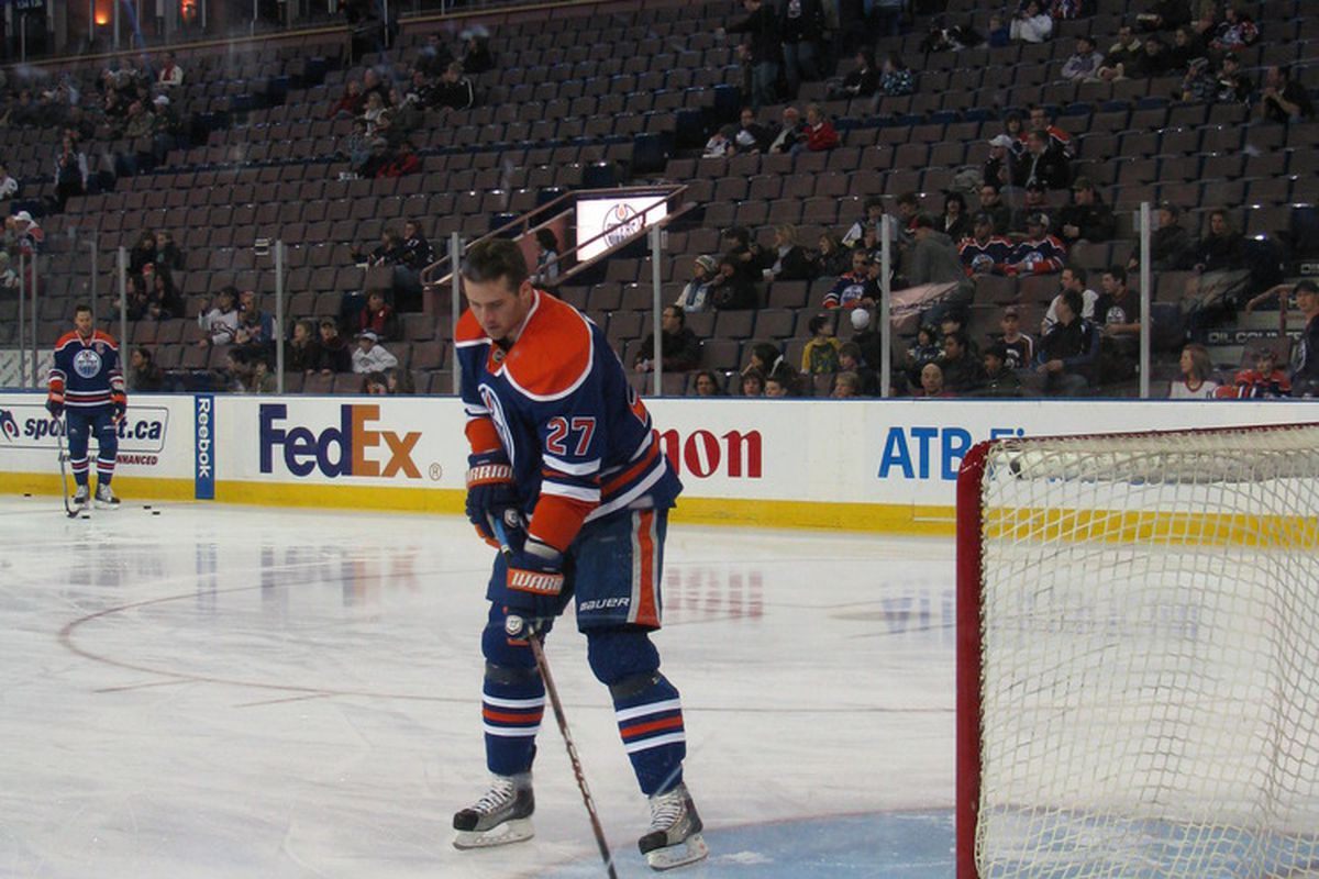 <strong>Dustin Penner was capable of carrying the Oilers on his own.</strong>  Photo by Lisa McRitchie, all rights reserved.