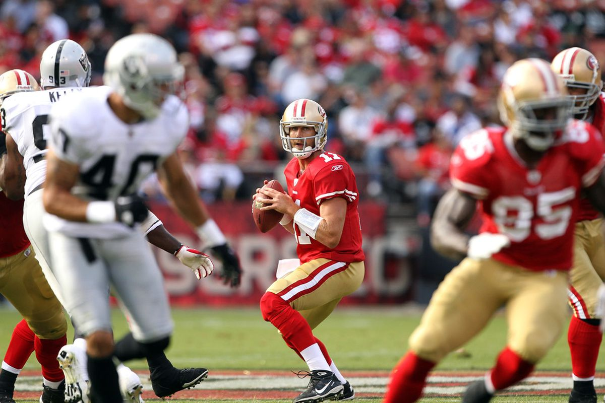 SAN FRANCISCO, CA - AUGUST 20:  Alex Smith #11 of the San Francisco 49ers drops back to pass against the Oakland Raiders at Candlestick Park on August 20, 2011 in San Francisco, California.  (Photo by Ezra Shaw/Getty Images)