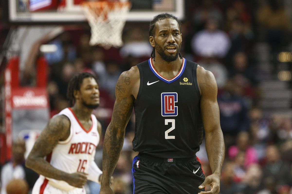 Los Angeles Clippers forward Kawhi Leonard reacts after a play during the first quarter against the Houston Rockets at Toyota Center.