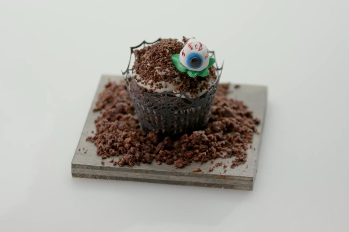 Hajimaleki and Van's zombie cupcake from Sugar Rush
