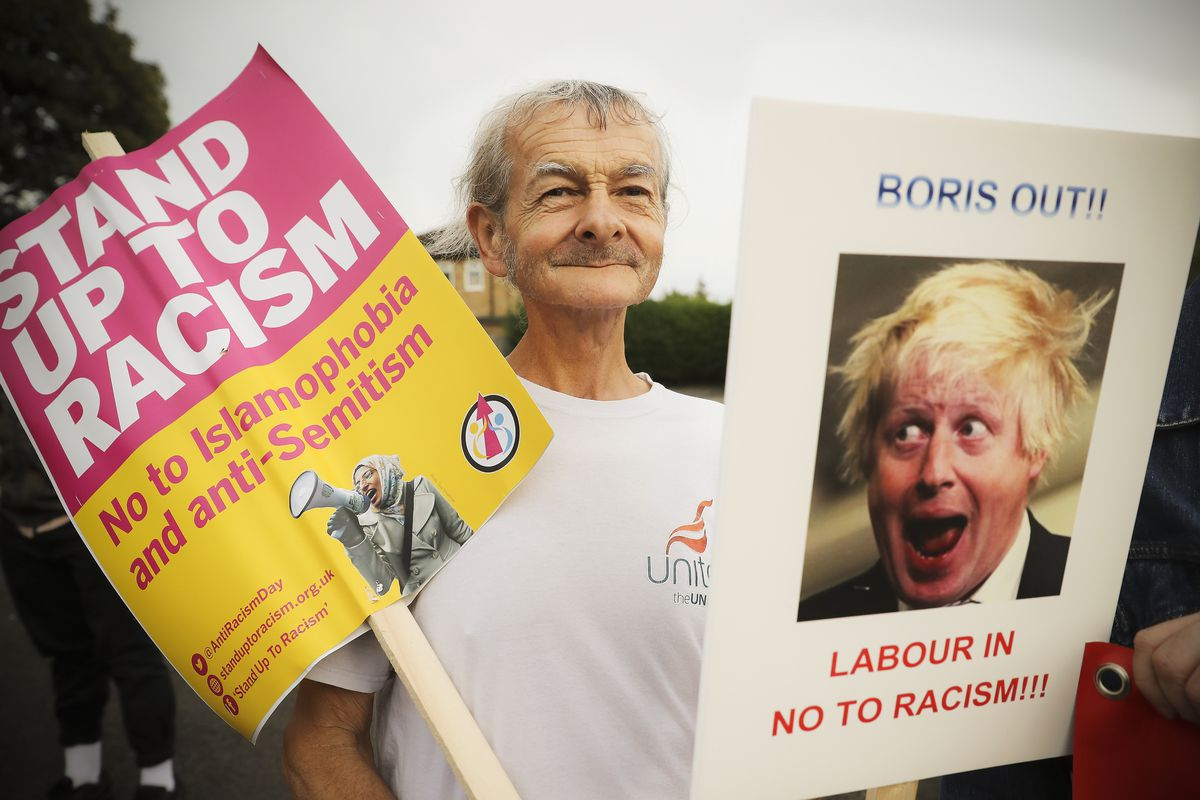 People in the UK protest Foreign Secretary Boris Johnson's offensive comments about Muslim women who wear burqas.