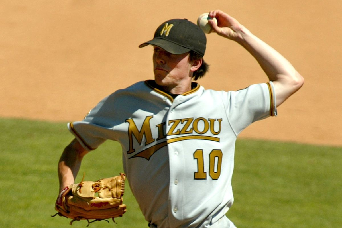 This is a very old photo I am using to illustrate that Mizzou had some great unis