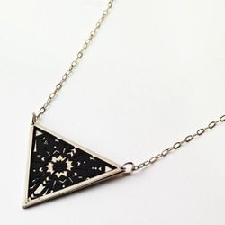 Small Zellij triangle pendant in nickel silver.