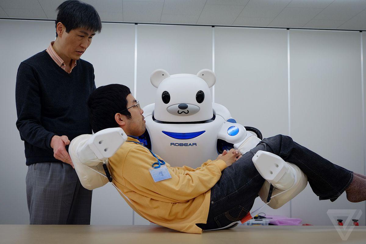 روبوتات في دور الرعاية