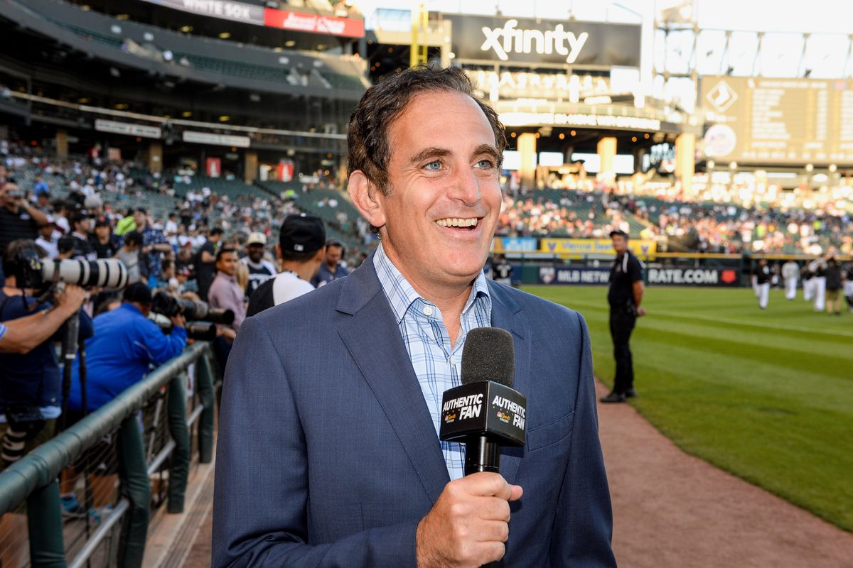 SoxFest: Chuck Garfien is a man of the people at White Sox games