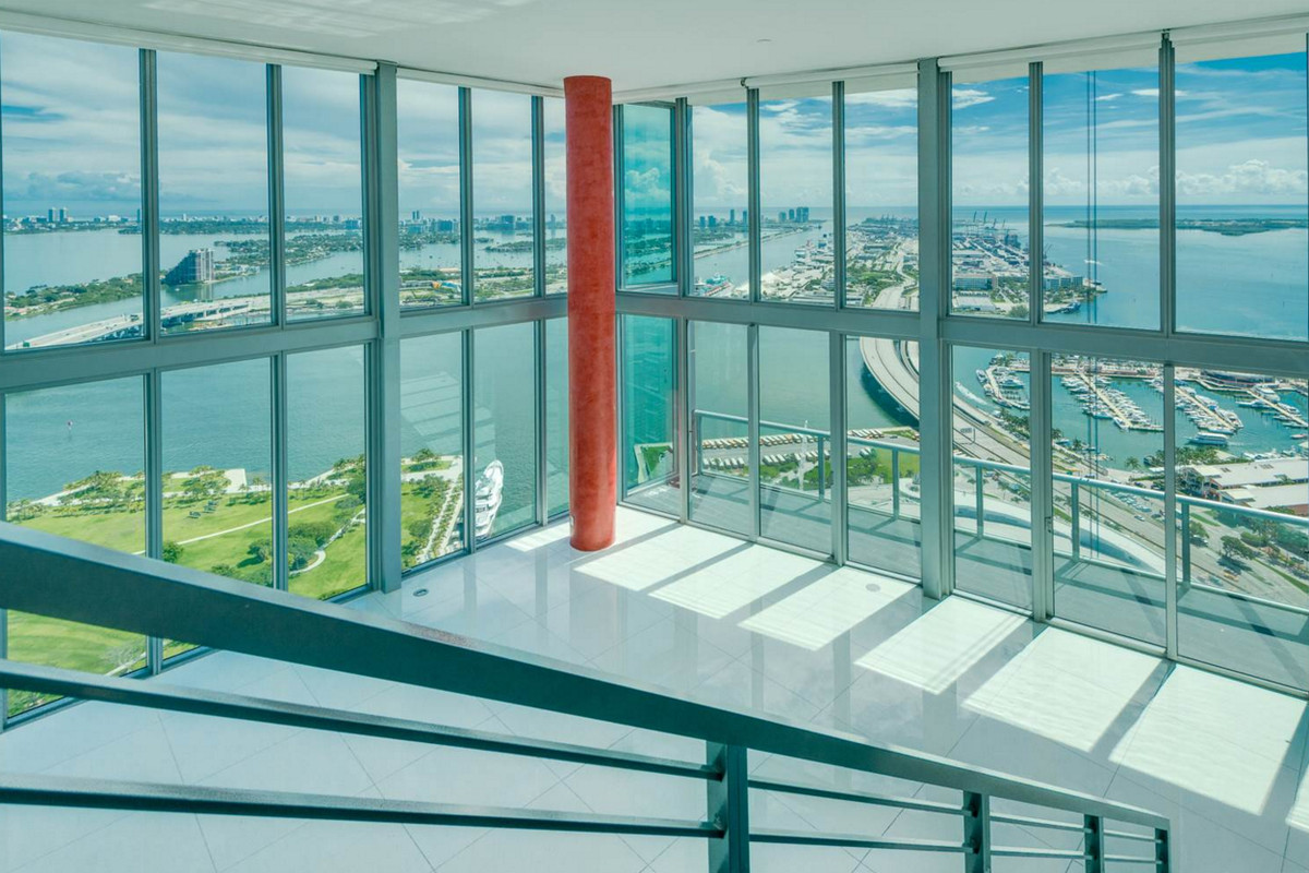 Marina blue penthouse with incredible bay views asks 5 5m Floor to ceiling windows for sale