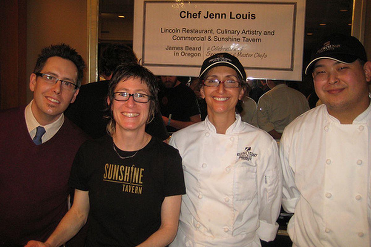 """Image of Jenn Louis (in black t-shirt) courtesy <a href=""""link""""></a><a href=""""http://www.byronbeck.com/"""">Byronbeck.com</a>"""
