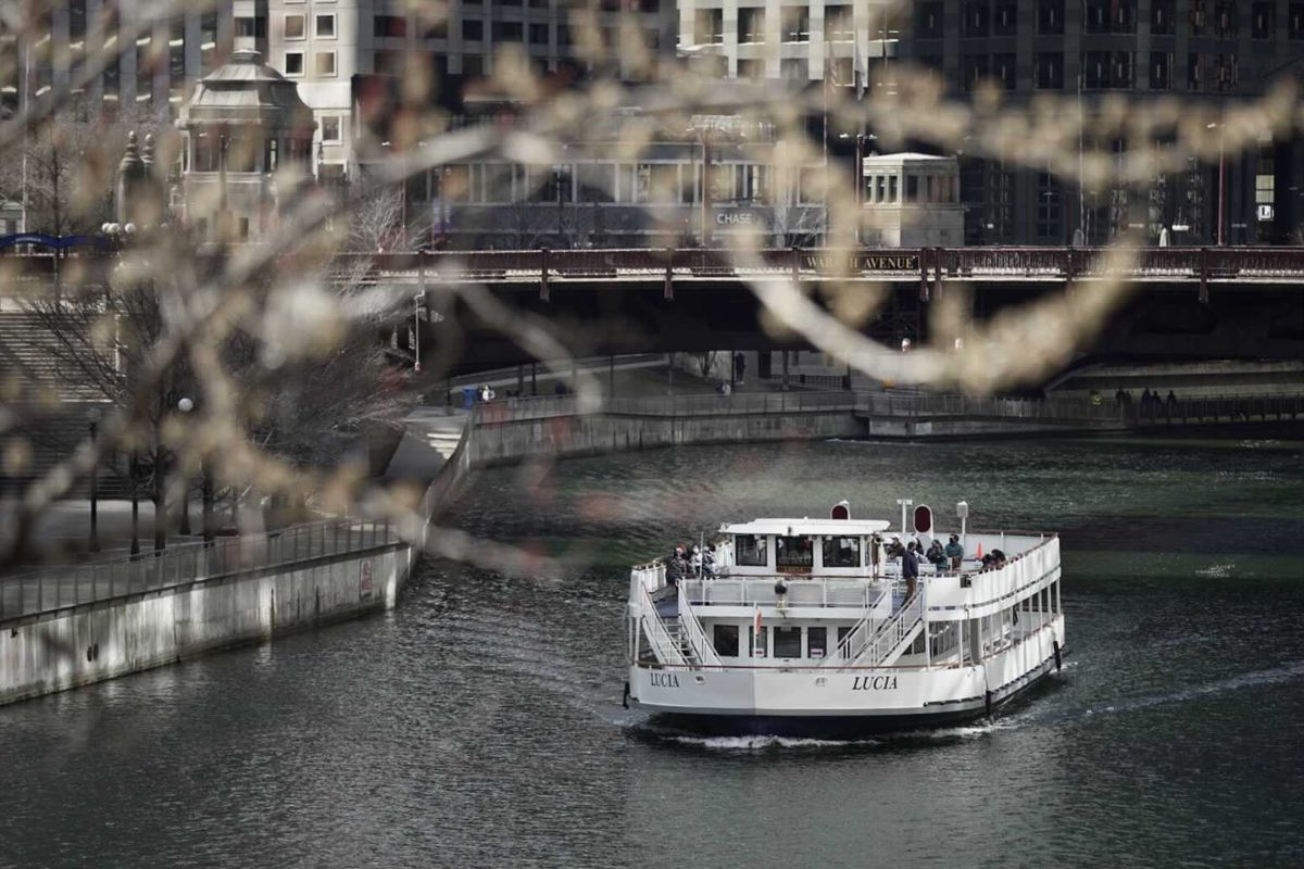 A Wendella boat on the Chicago River, Friday, March 12, 2021.