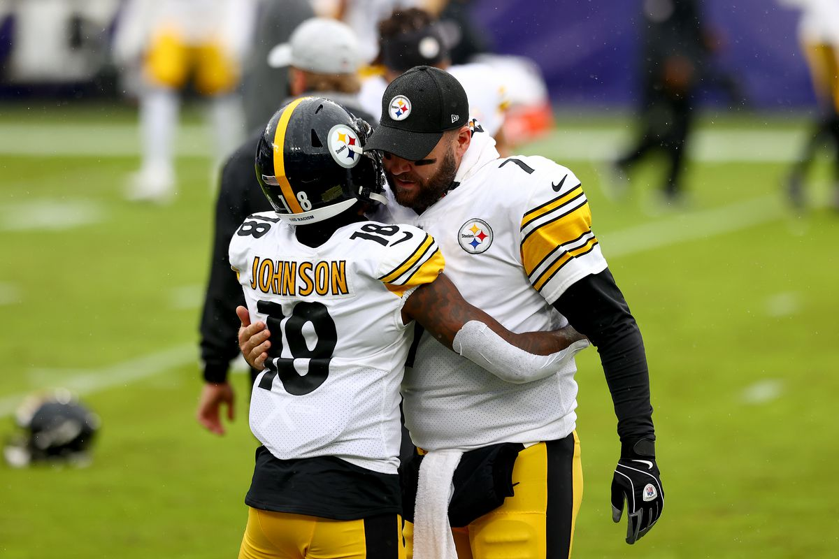 Quarterback Ben Roethlisberger hugs wide receiver Diontae Johnson of the Pittsburgh Steelers before the stat of their game against the Baltimore Ravens at M&T Bank Stadium on November 01, 2020 in Baltimore, Maryland.