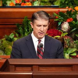 Elder Matthew S. Holland, a General Authority Seventy, gives the opening prayer during the Sunday afternoon session of the 191st Semiannual General Conference of The Church of Jesus Christ of Latter-day Saints, held in the Conference Center in Salt Lake City on Sunday, Oct. 3, 2021.