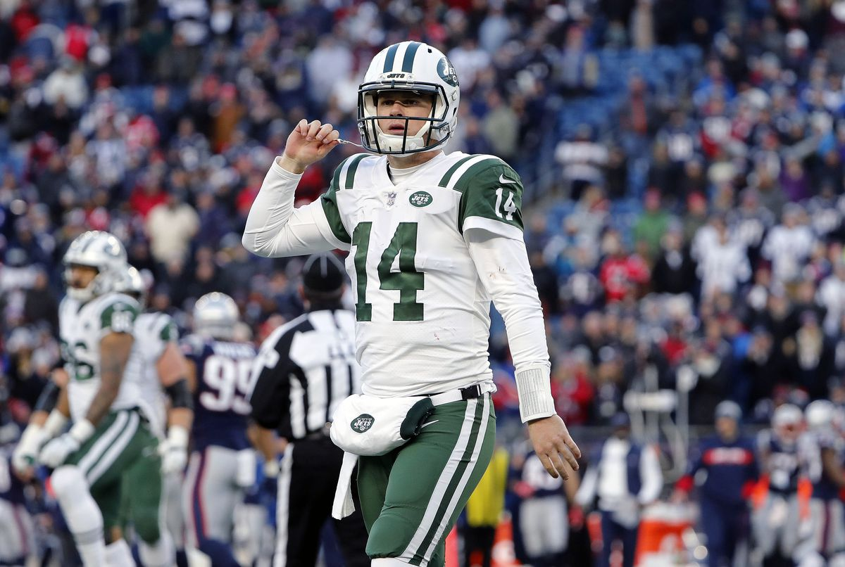 meet 1e7f3 4c844 The New York Jets' new uniform designs, as reviewed by an ...