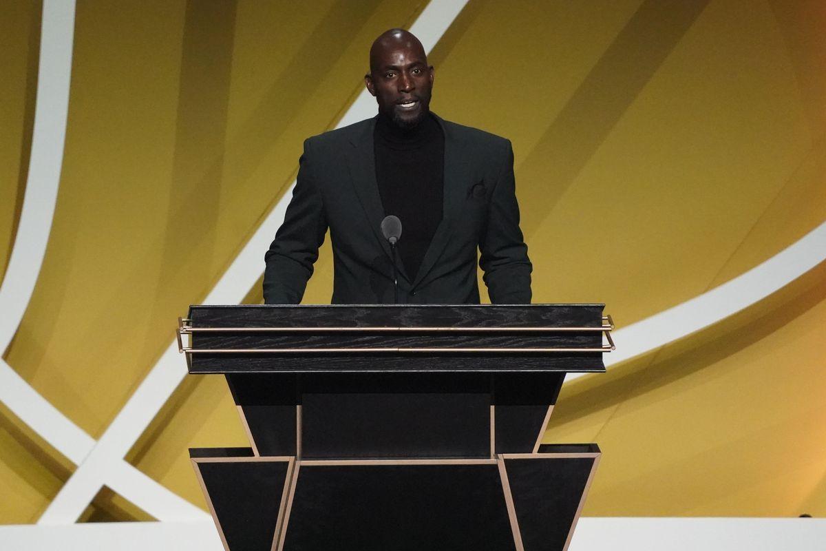 NBA: Naismith Memorial Basketball Hall of Fame-Enshrinement