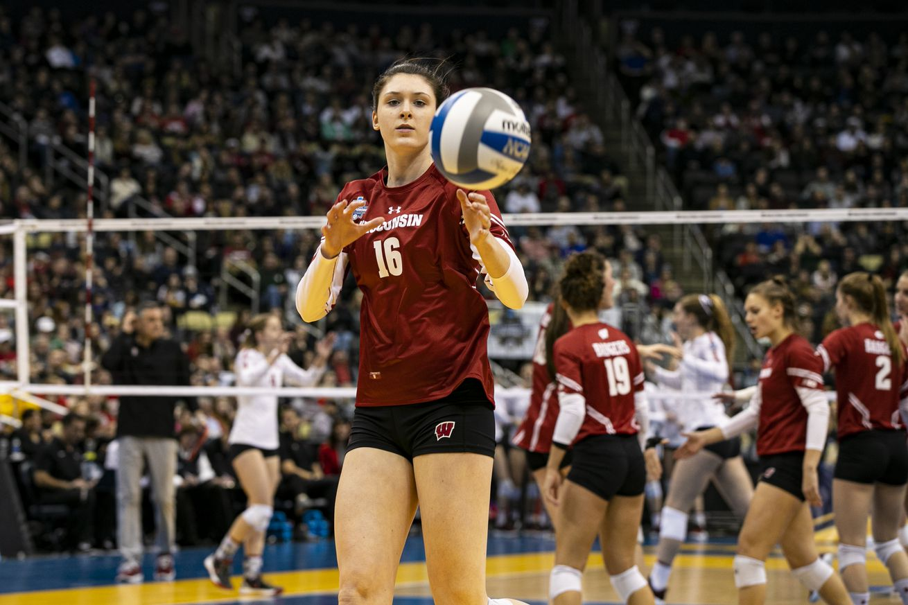 NCAA VOLLEYBALL: DEC 21 Div I Women's Championship - Wisconsin v Stanford