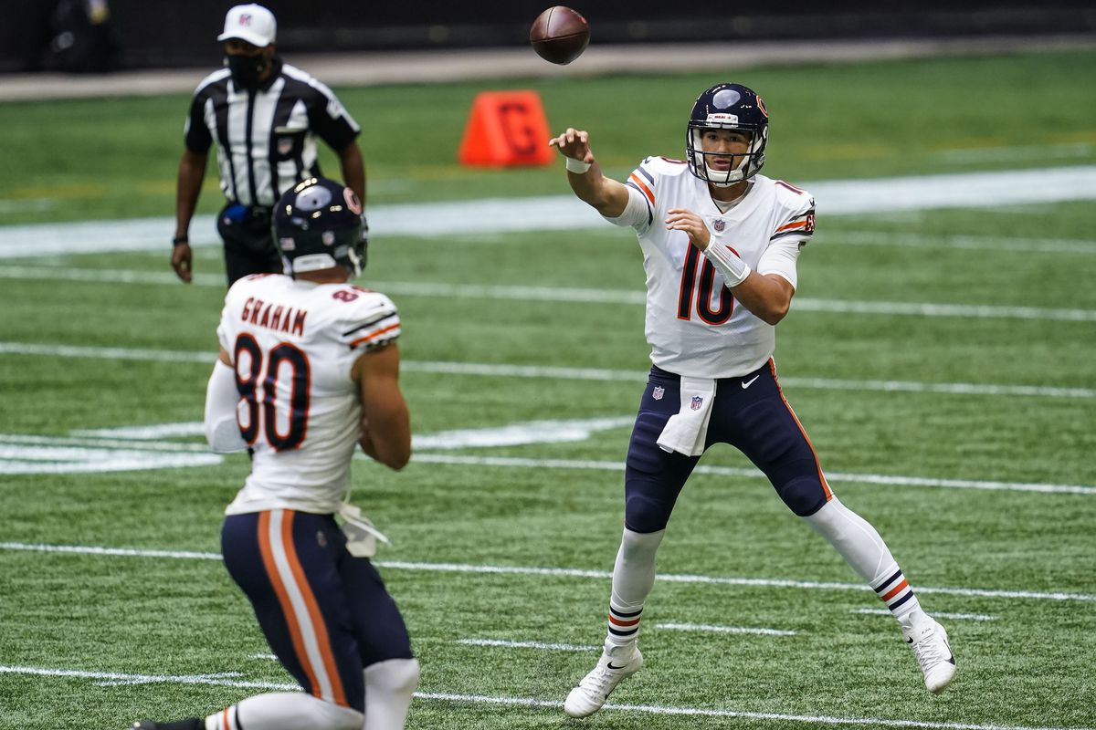 Chicago Bears quarterback Mitchell Trubisky  throws a pass to tight end Jimmy Graham against the Atlanta Falcons during the first quarter at Mercedes-Benz Stadium.