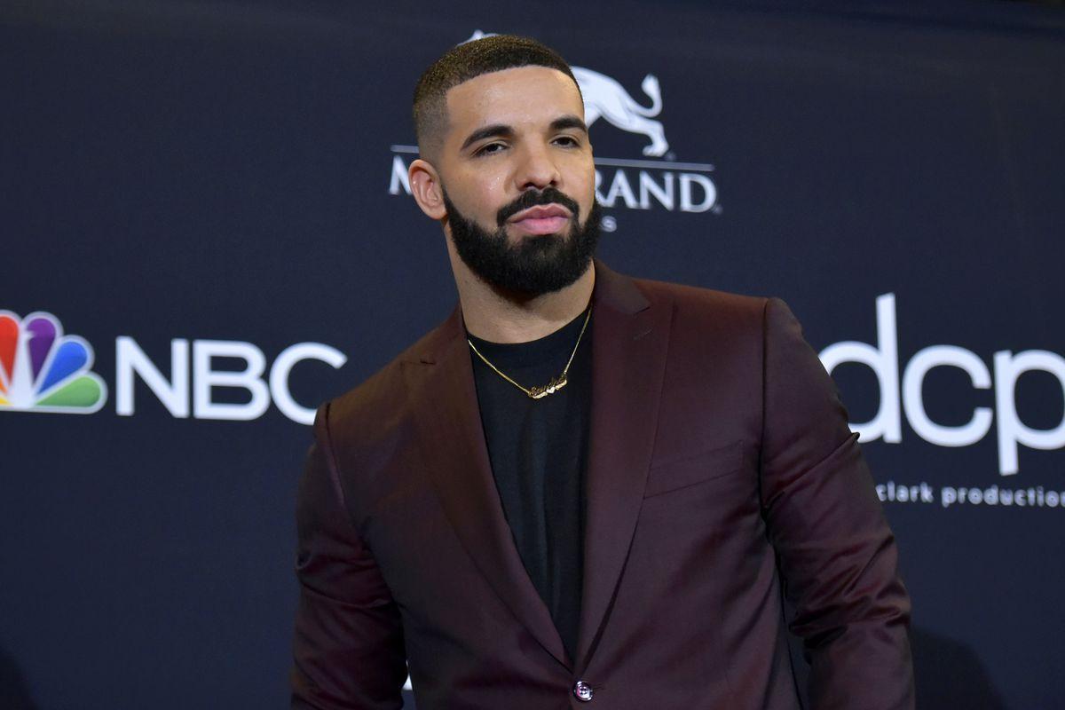 Drake arrives at the Billboard Music Awards in Las Vegas in 2019.