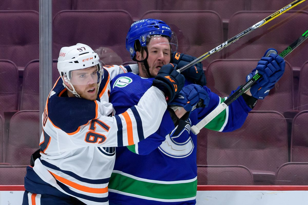NHL: MAY 04 Oilers at Canucks