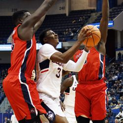The UConn Huskies take on the Stony Brook Seawolves in a men's college basketball game at XL Center in Hartford, CT on November 14, 2017.