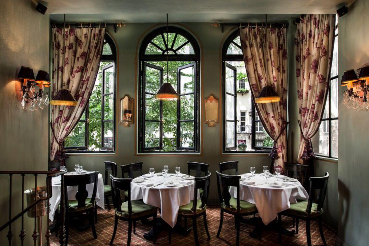 [The dining room at Jojo]