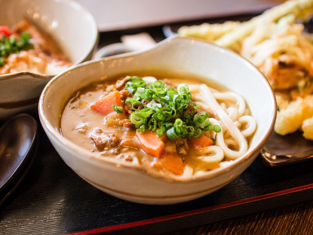 Curry udon at Cafe Sanuki