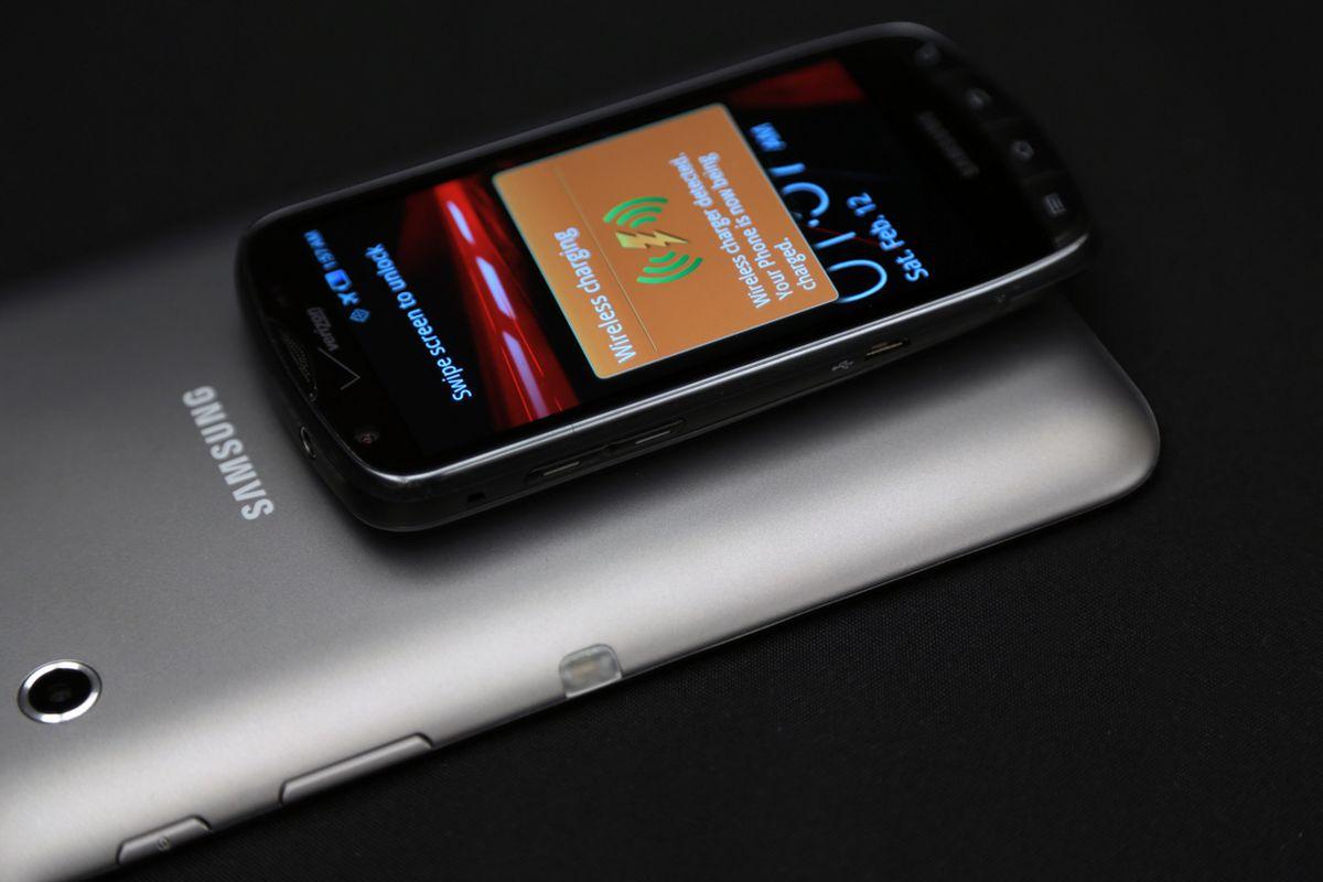 Fulton Wireless two-way charging