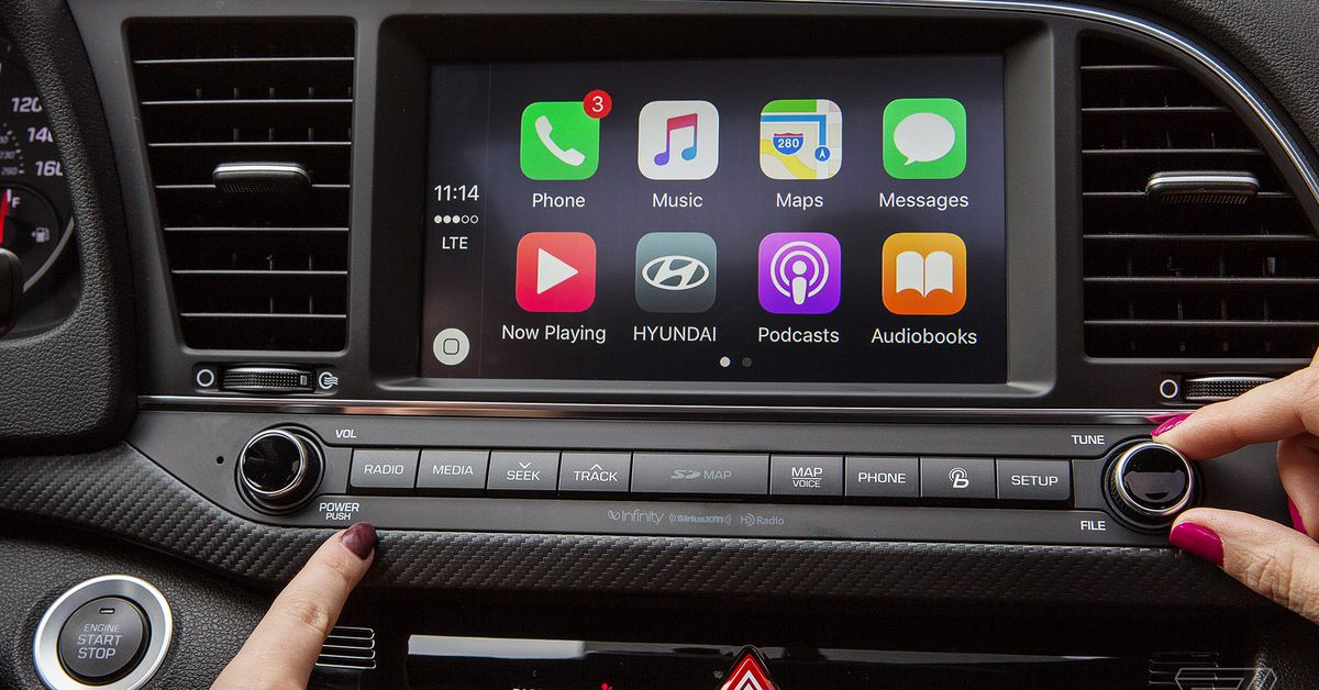 waze adds apple carplay support just days after google maps the verge. Black Bedroom Furniture Sets. Home Design Ideas