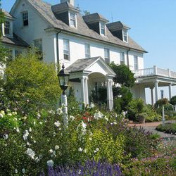 """<b>River Farm,</b> <em>Alexandria, VA:</em> George Washington's <a href=""""http://www.ahs.org/about-river-farm"""">River Farm</a> is situated on 25 acres of lawn, meadows, woodland, and formal gardens, with beautiful views of the Potomac River. [<a href=""""https"""