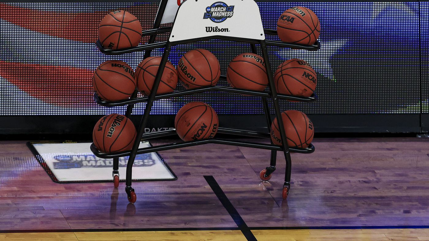 Ncaa Tournament Tv Schedule 2021 Start Time Tv Channel For Sweet 16 Games Draftkings Nation