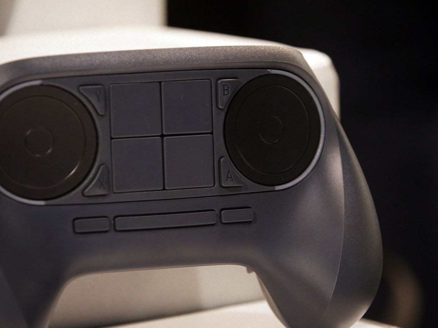 Steam Controller hands-on: It's only weird until it works