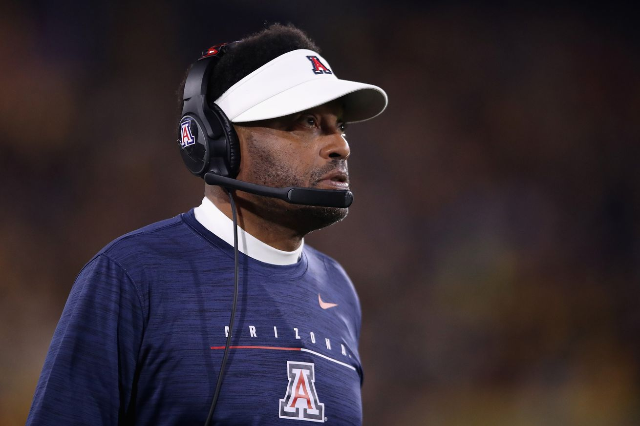 kevin-sumlin-arizona-wildcats-salary-usa-today-pac12-2020-rankings-coronavirus