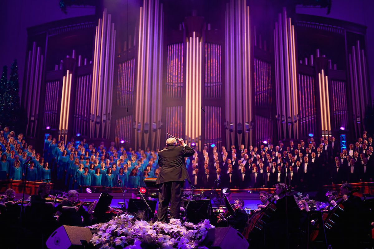 Top 12 most viewed Mormon Tabernacle Choir Christmas songs on