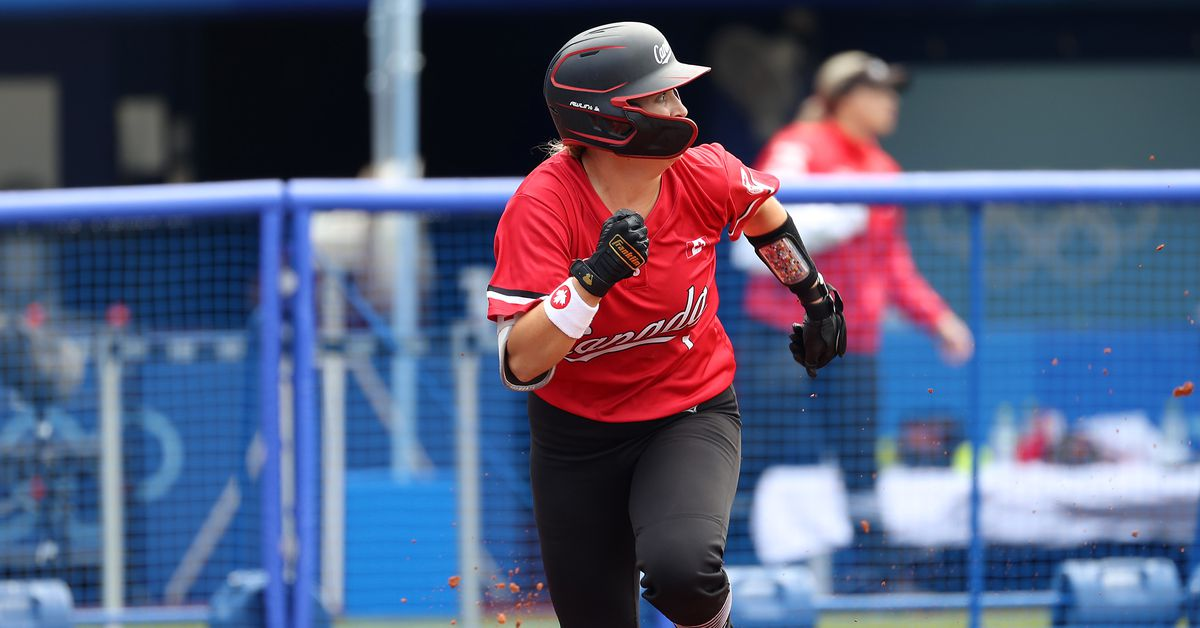 Wisconsin Badgers in Tokyo Olympics: Kelsey Harshman and Team Canada win softball bronze medal - Bucky's 5th Quarter