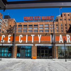 Ponce City Market has some fresh food offerings, including Hop's Chicken, H&F Burger, and Farm to Ladle.
