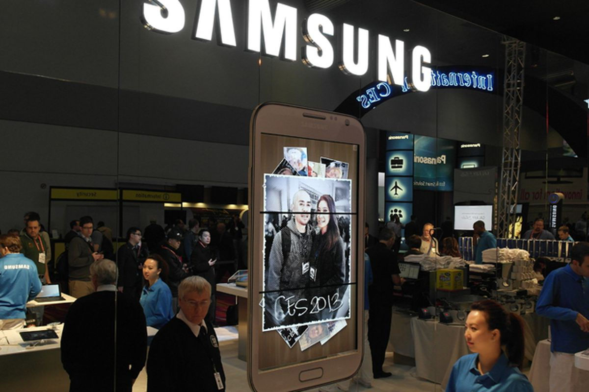 Samsung Aims to Put Fast Cellular Connection Into Existing Cars