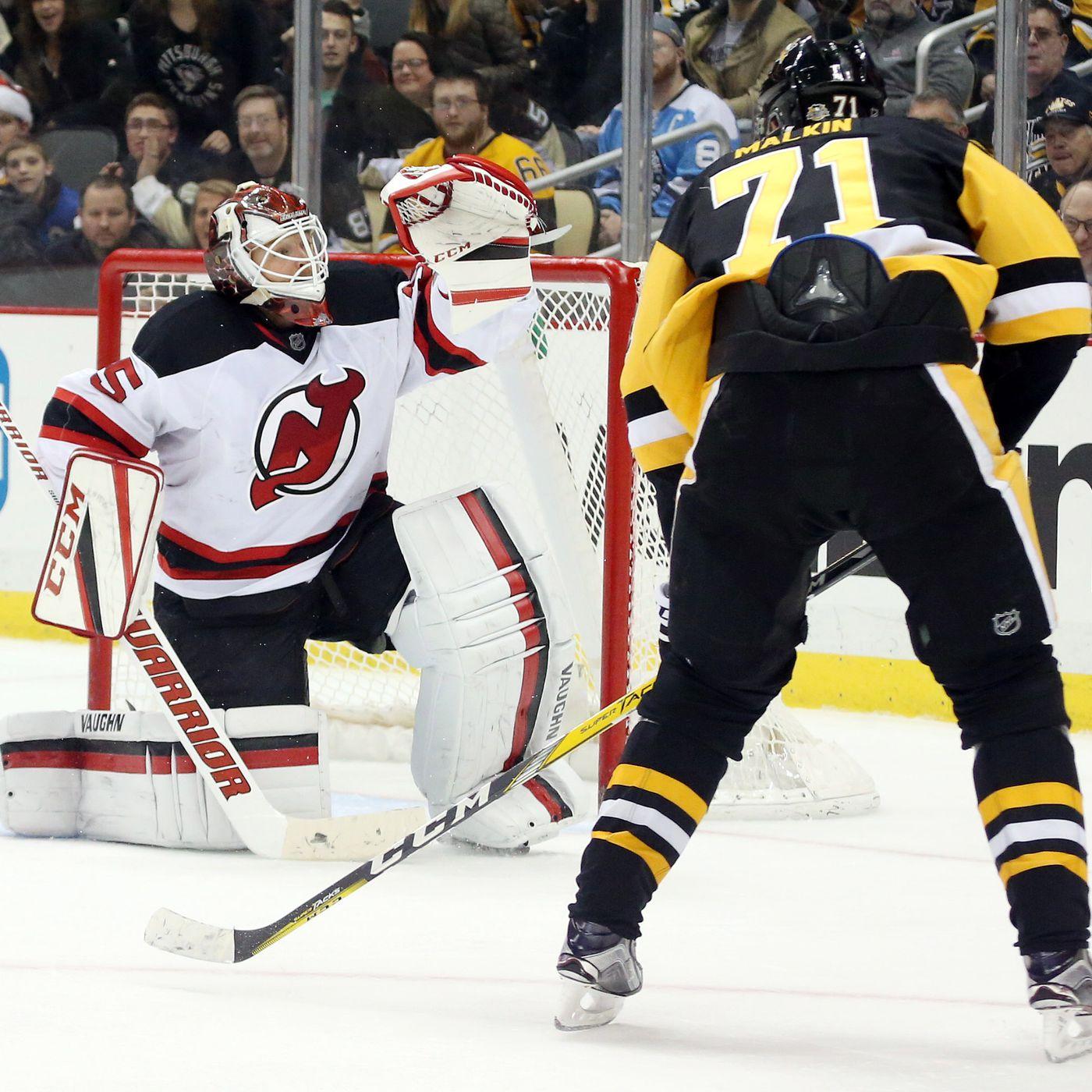 Carl Hagelin Pittsburgh Penguins Player Swingman Jersey