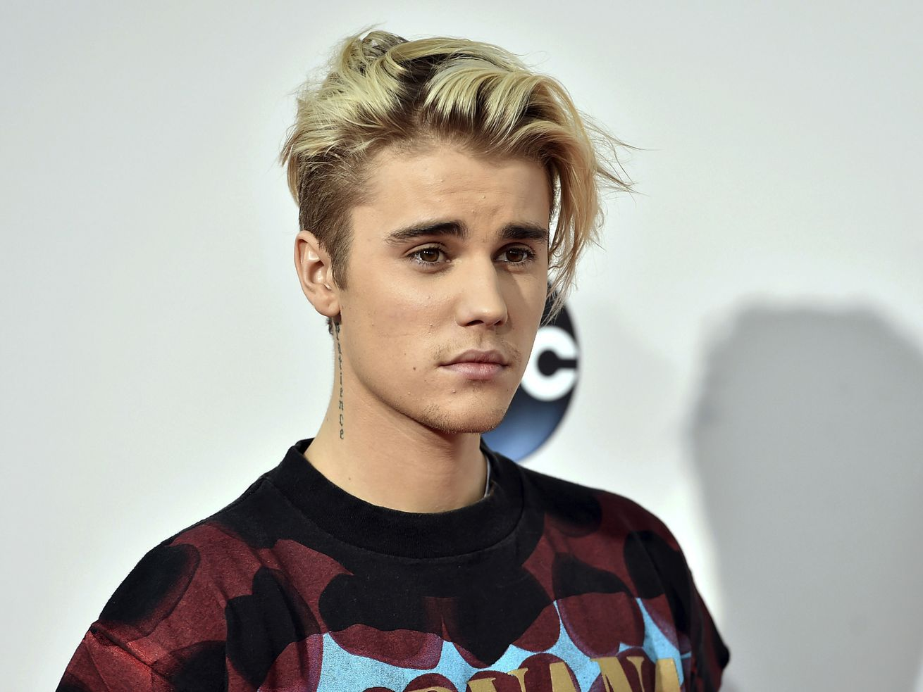 Justin Bieber says God 'brought me out of a really dark place'