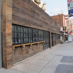 "Biergarten at 188 Allen. [<a href=""http://www.boweryboogie.com/2012/08/report-german-fast-food-biergarten-opening-at-188-allen/"">Boogie</a>]"