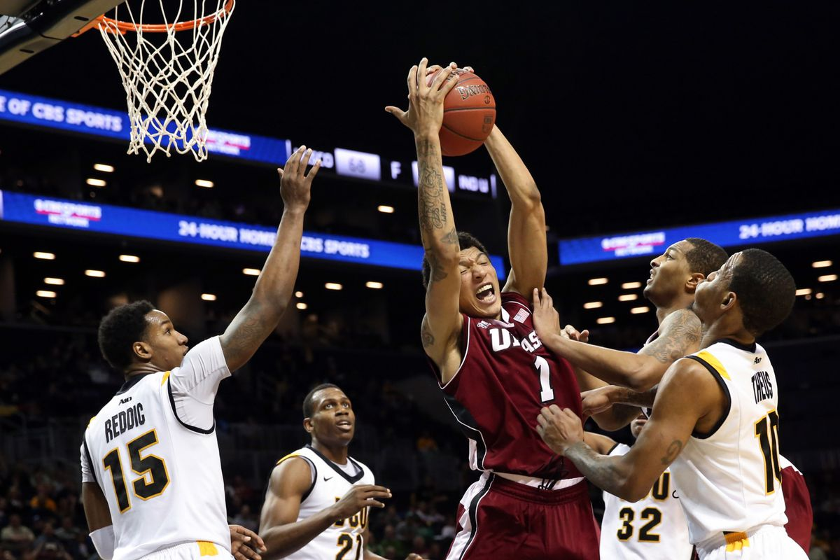 umass basketball gets job done with 89-76 win over aic in scrimmage